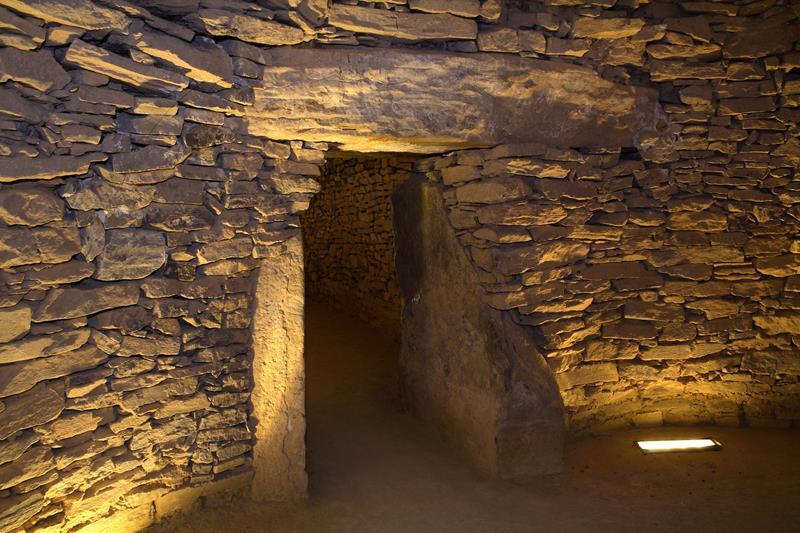 dolmen-de-el-romeral_800x533