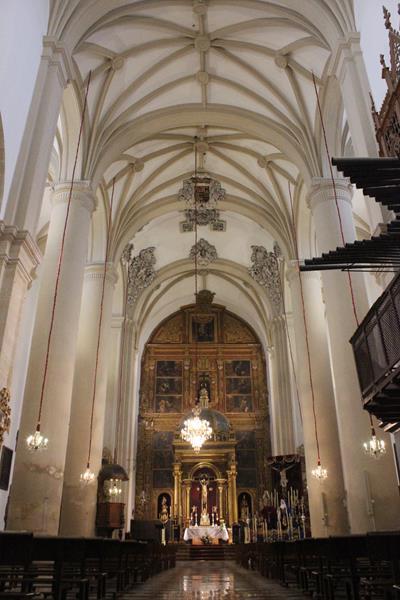 iglesia-san-pedro1_400x600