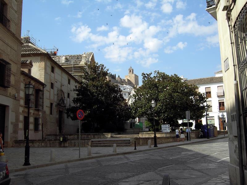 plaza-de-las-descalzas_800x600