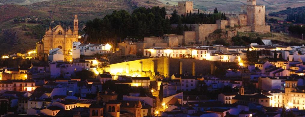 Vista nocturna de Antequera